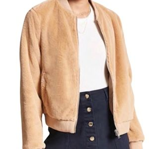 🔥Host Pic🔥Forever 21 Faux Fur Bomber Jacket